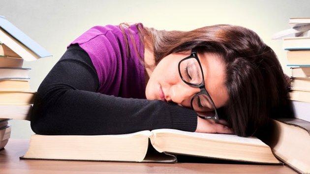 sleep deprivation effects on academic performance Iiii1i'tl 11,11h1 health effects of sleep deprivation  health effects of sleep deprivation program element:  effects of sleep loss on job performance.