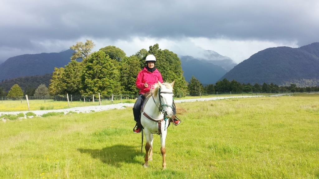 horseback riding in Franz Josef Glacier